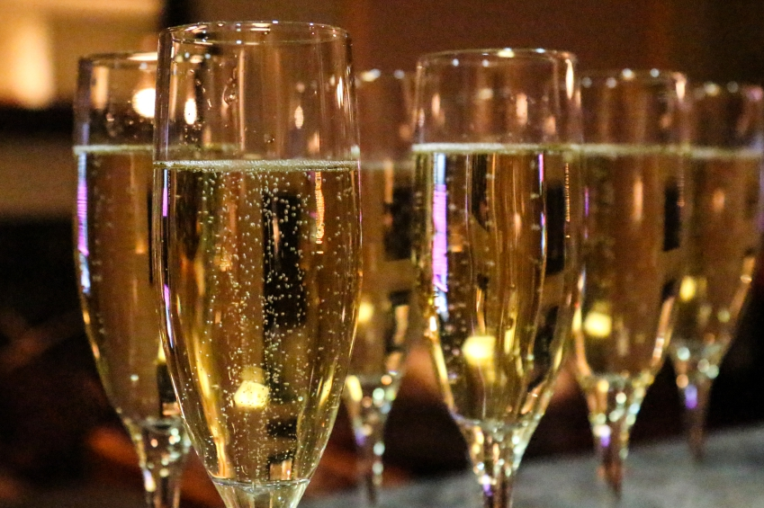 champagne flutes iStock_000055022774_Small